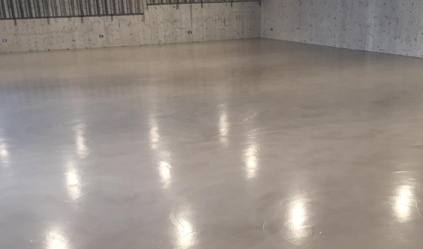Pavimento in resina per garage fl srl di francesco for 2 aggiunta di box auto