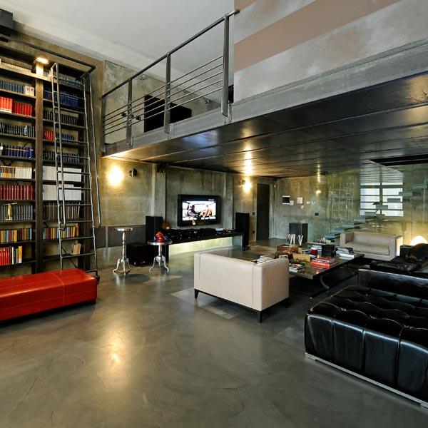 Posa di pavimenti, pareti e scale in resina, in appartamenti, case e ville di privati